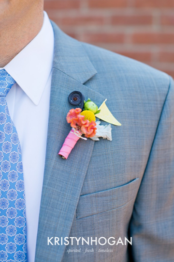 southern-wedding-fun-boutonniere