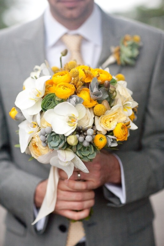 yellowandwhitebouquet